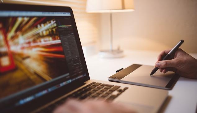 デジタルトランスフォーメーション(DX)への企業の取り組みや成功事例から見るそのメリットとは